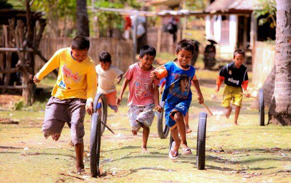 deti-i-sport-600x378 Как привить ребенку любовь к спорту? физическое развитие спорт семья семейная зарядка мотивация здоровье детям
