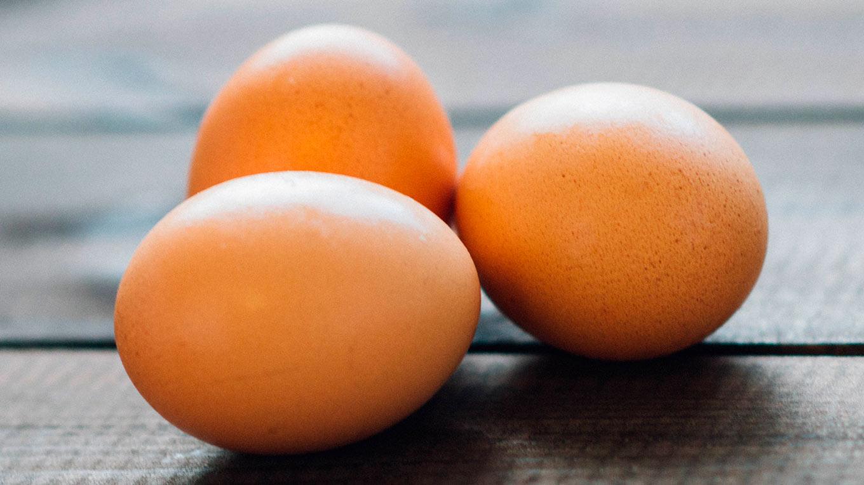 Как сварить яйцо, чтобы не лопнуло